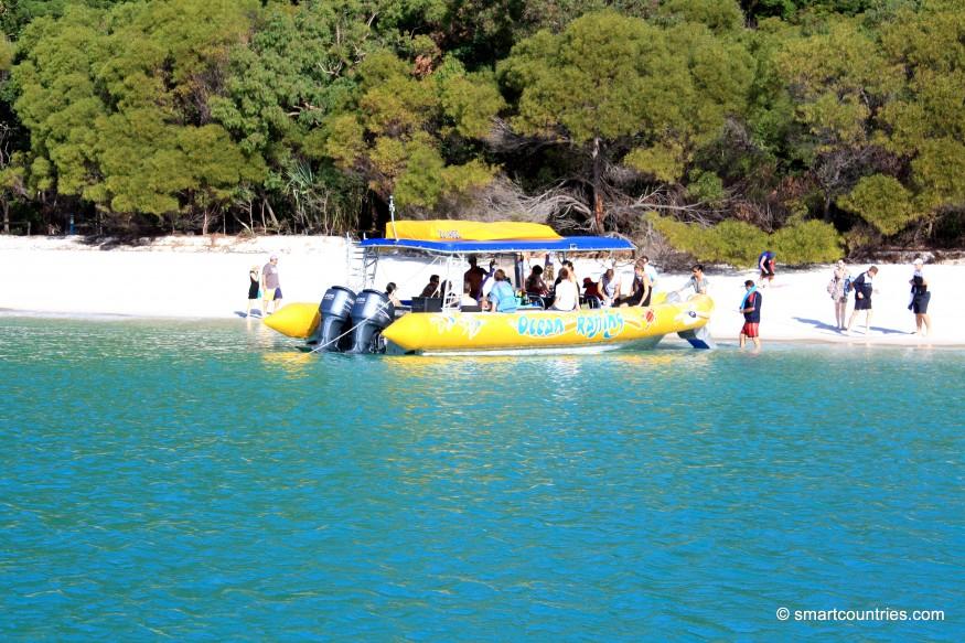 Boat on Whitsunday Island