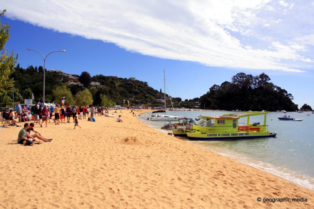 Kaiteriteri Beach Ferry