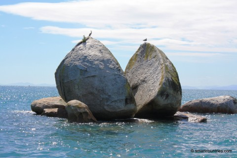 Split Apple Rock Tasman Bay