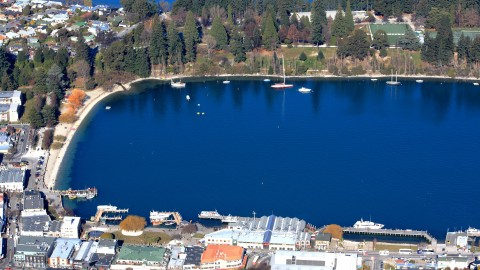 Queenstown CBD & Lake