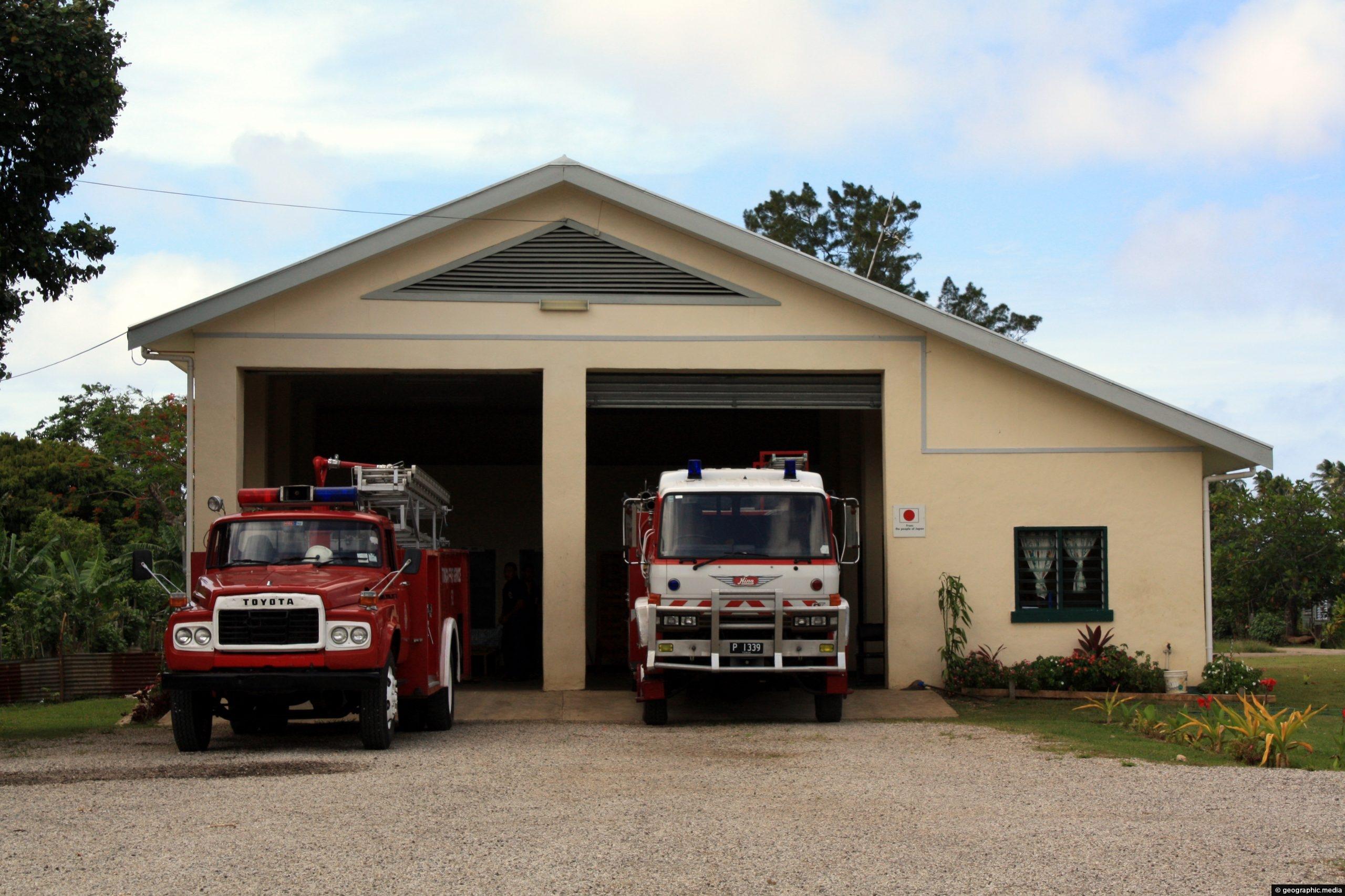 Fire Wood Fire Engine Fire Truck Salto Firemen